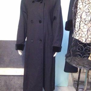 Vtg Herman Kay black all wool long coat w/ velvet